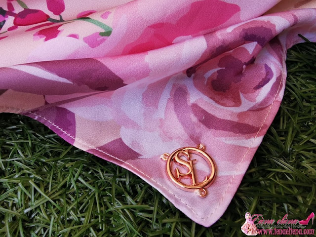Blooming Rose in Nude