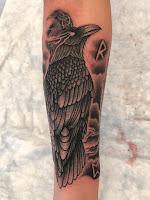 черный ворон тату