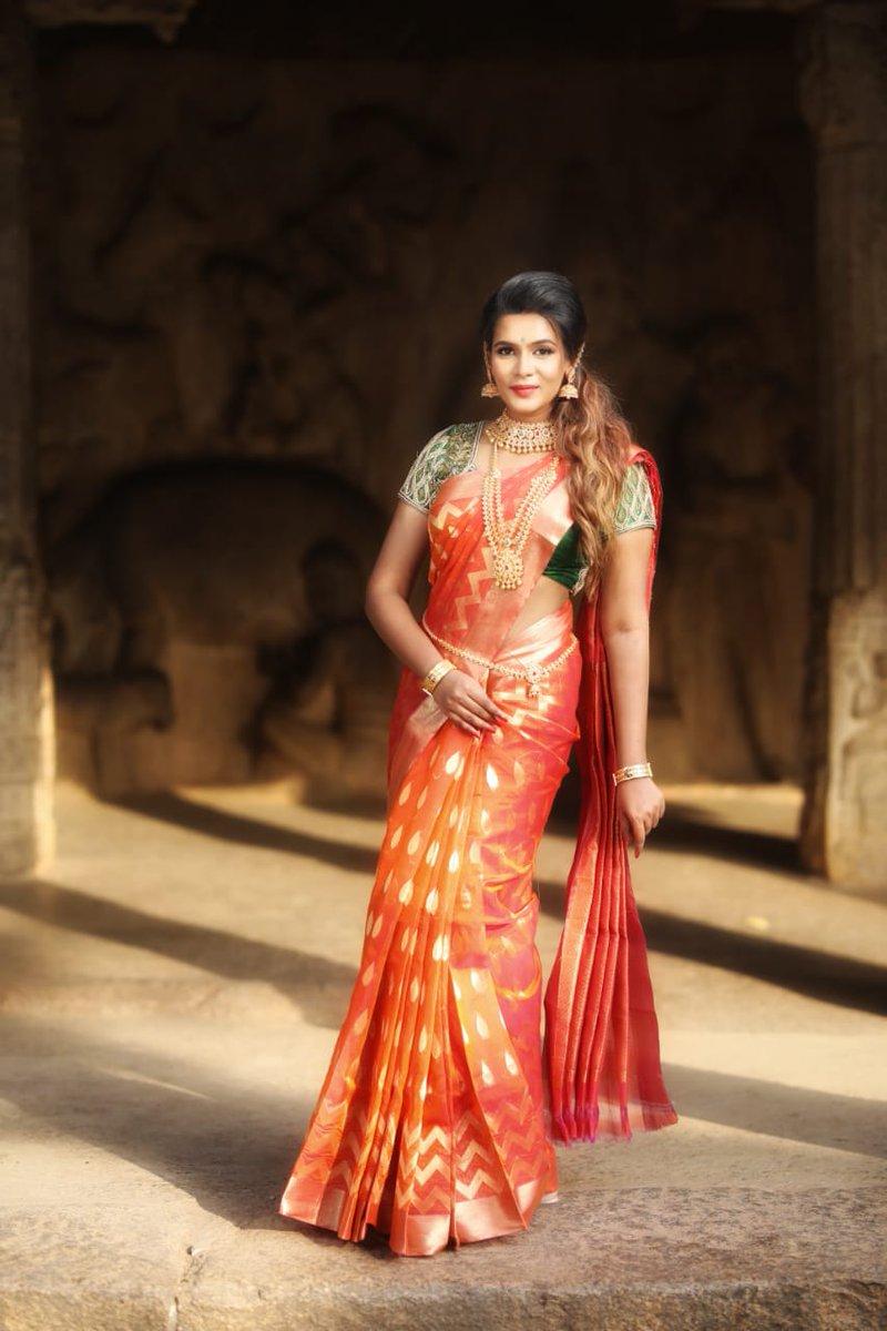 Actress MeeraMithun Latest HD Images