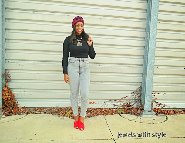 how to wear a turban, how to make a turban, how to wear a scarf, new ways to wear a scarf, creative ways to wear a scarf, how to style a scarf, jewels with style, fall trends, winter trends, high waisted jeans outfit, fall outfits, outfit inspiration, flower scarf, black fashion blogger, Monica Warren, zebra belt, red peep toe shoes