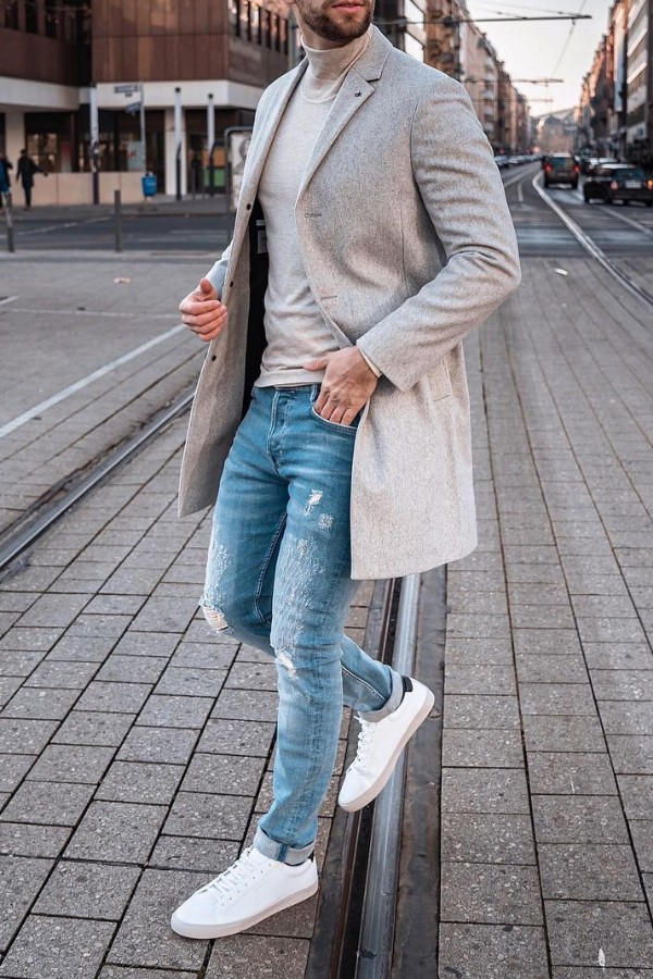 Turtle neck with trench coat and jeans.