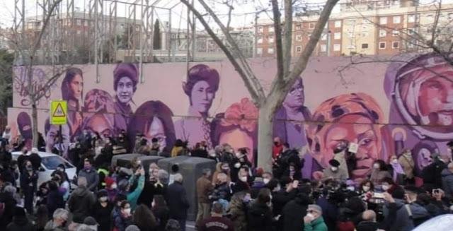 Mural Feminista en Ciudad Lineal