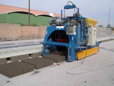 Hollow Block Making Machine 11