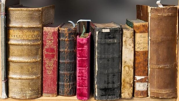 kişisel-gelişim-için-düzenli-kitap-okumak