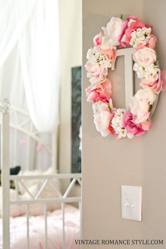 DIY Floral Initial Wreath Tutorial | VINTAGE ROMANCE STYLE