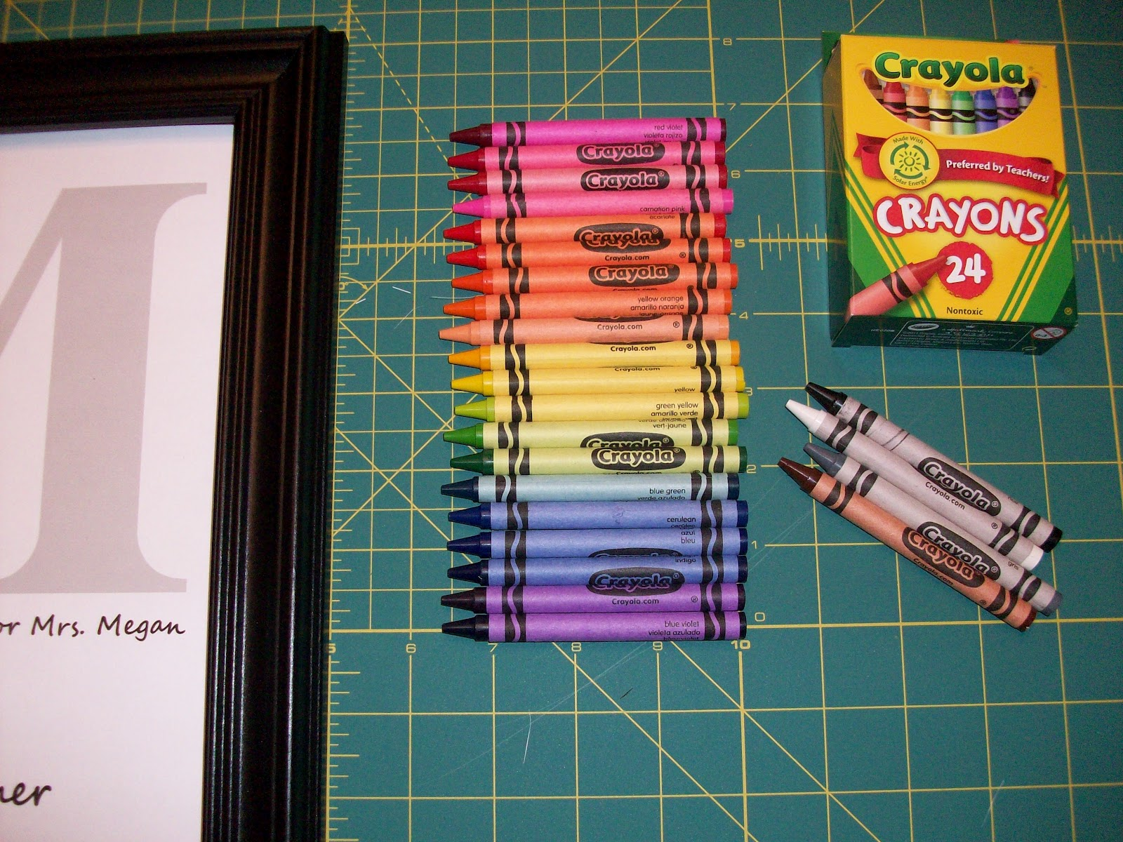 CouponQuilter: Crayon Monogram & Tutorial