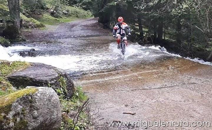 Caminos-de-agua-Pirineos