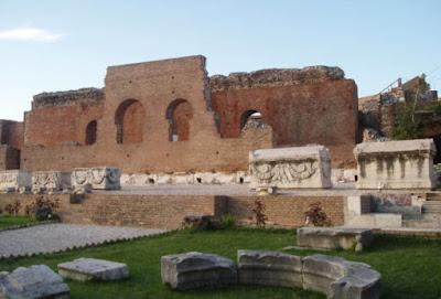 Το Ρωμαϊκό θέατρο της Πάτρας μετατρέπεται σε επισκέψιμο αρχαιολογικό χώρο