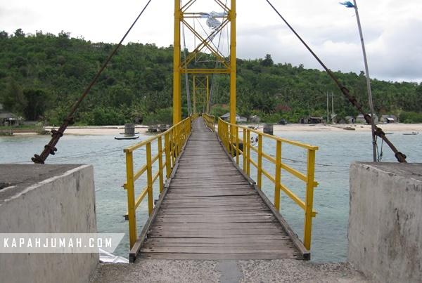 Jembatan Kuning Lembongan Roboh