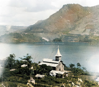 gereja dan danau toba