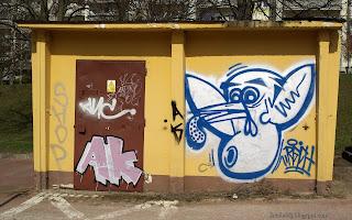 http://fotobabij.blogspot.com/2016/03/graffiti-na-transformatorze-zdjecie-na.html