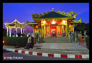 Saphan Hin Shrine