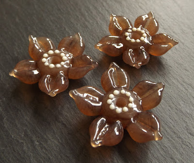 Creation is Messy 'Allspice' flower beads