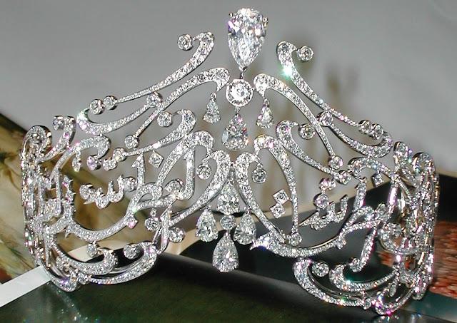 diamond arabic script tiara queen rania jordan yan sicard fred