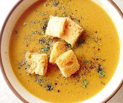 How to make lentil soup at home