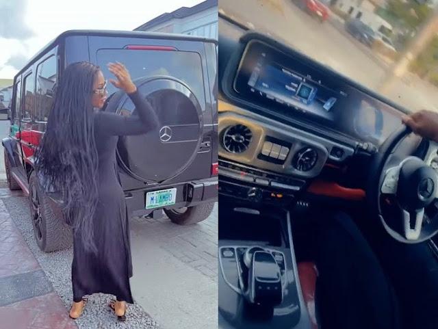 BBNaija star, Mery Eke buys a New Mercedes G-Wagon car (Video)