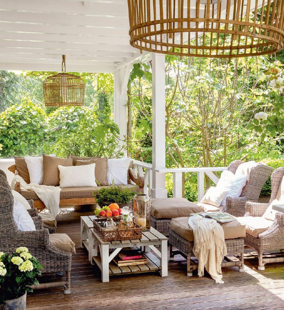 Decordemon elegant terraced house with an amazing courtyard - Casas con porche ...