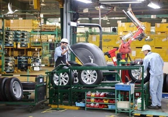 Nguy cơ đóng cửa nhà máy, tập đoàn ô tô lo vạn lao động mất việc