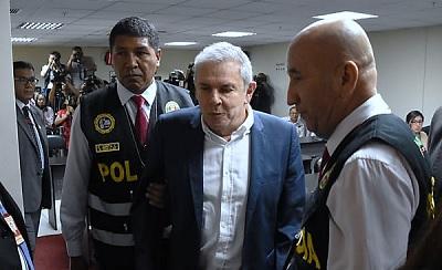 Luis Castañeda es trasladado al penal Castro Castro