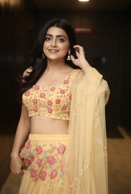 Avantika Mishra  Photos