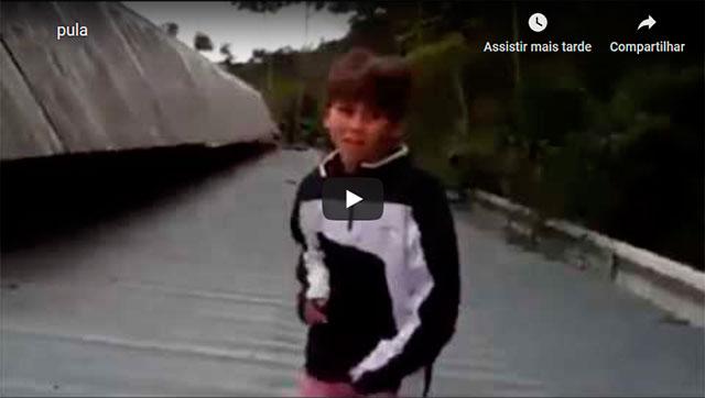 https://www.ahnegao.com.br/2019/09/o-segredo-pro-salto-perfeito-e-apenas-correr-sem-parar.html