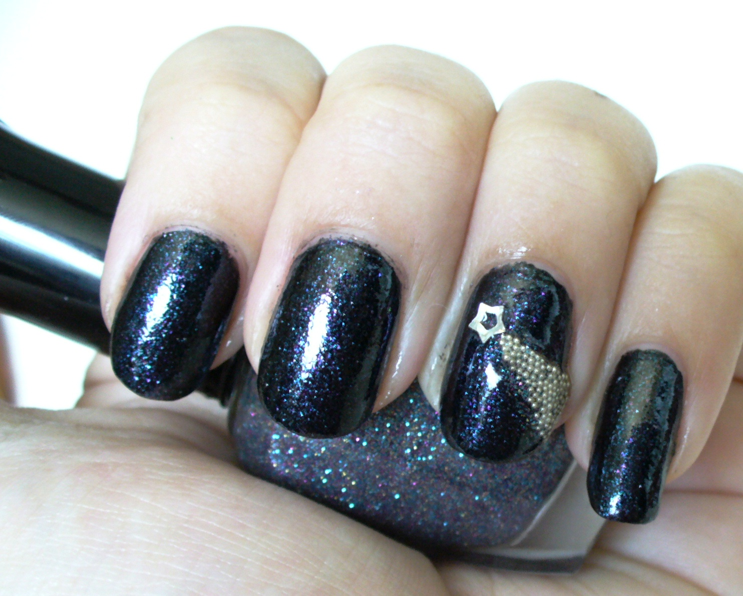 Shooting Star Nail Art with Micro/Caviar Beads - A Sparkly Life for Me