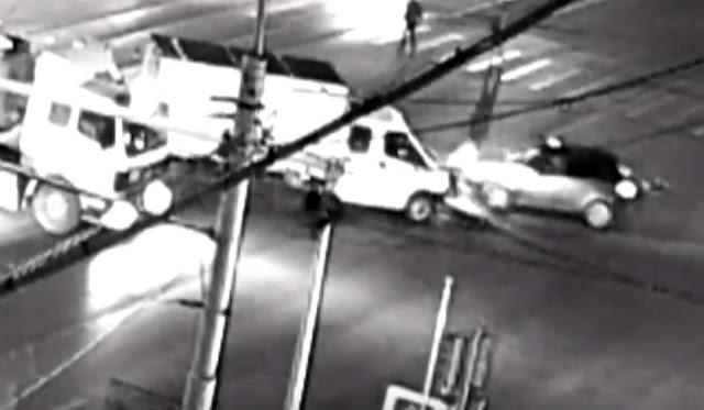Ночное смертельное ДТП попало в обзор камеры
