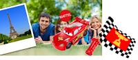 Logo Vinci premi Cars ''Saetta Pronti e via'' e il trofeo con la famiglia a Parigi