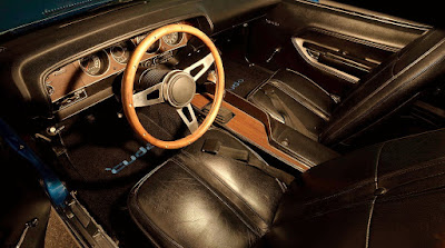 Muscle Sport Coupe Car 1971 Plymouth Barracuda Cuda 440 Interior Cabin