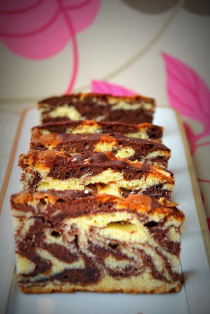 ciasto zebra,zebra z keksówki,ciasto na oranżadzie