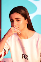 Alia Bhatt looks super cute in T Shirt   IMG 7767.JPG