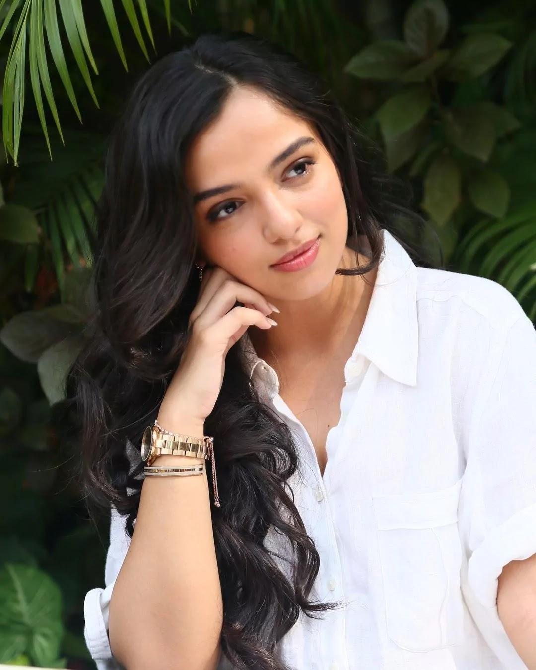 Famous tiktok girl ahsaas channa