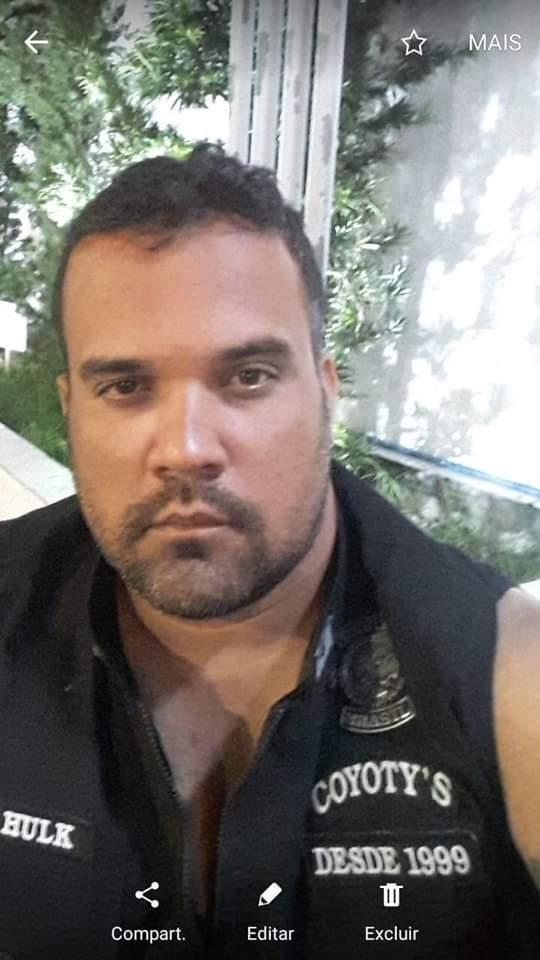 """Segurança Particular  conhecido por """"Manoel Cabeção"""" foi assassinado com vários tiros de arma de fogo dentro da sua residência."""