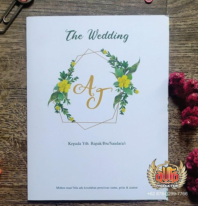 Undangan pernikahan dengan kesan fresh dan segar.