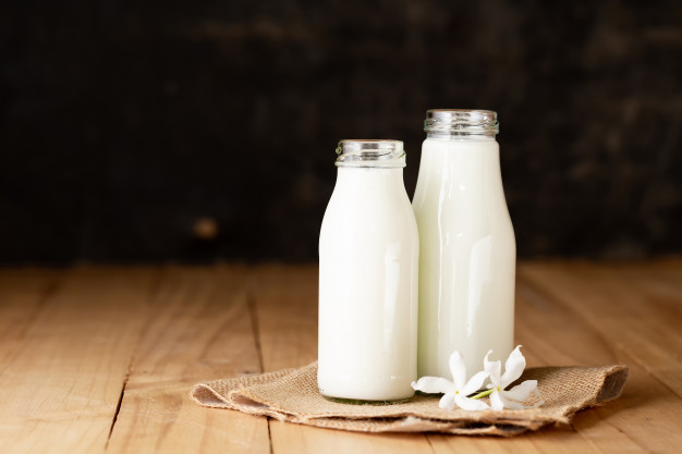 Ketahui 4 Ciri-ciri Susu Tinggi Kalsium