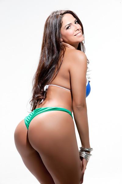Nuely Alves