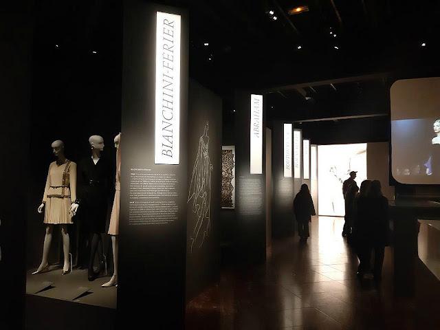 Exposition Yves Saint Laurent Haute Couture musée des tissus Lyon Région Auvergne Rhône Alpes