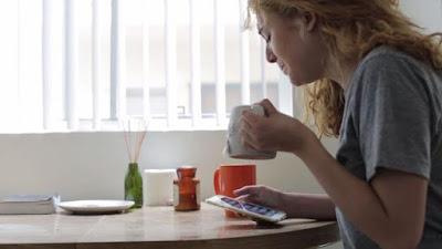 Begini Cara Mudah Dapatkan Uang Lewat Smartphone ~ freelancer