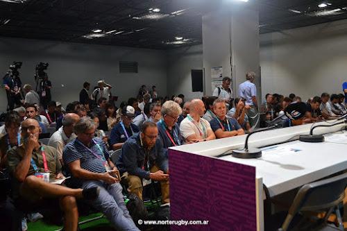 Los periodistas de los medios de todo el país le expresan su disconformidad a la UAR