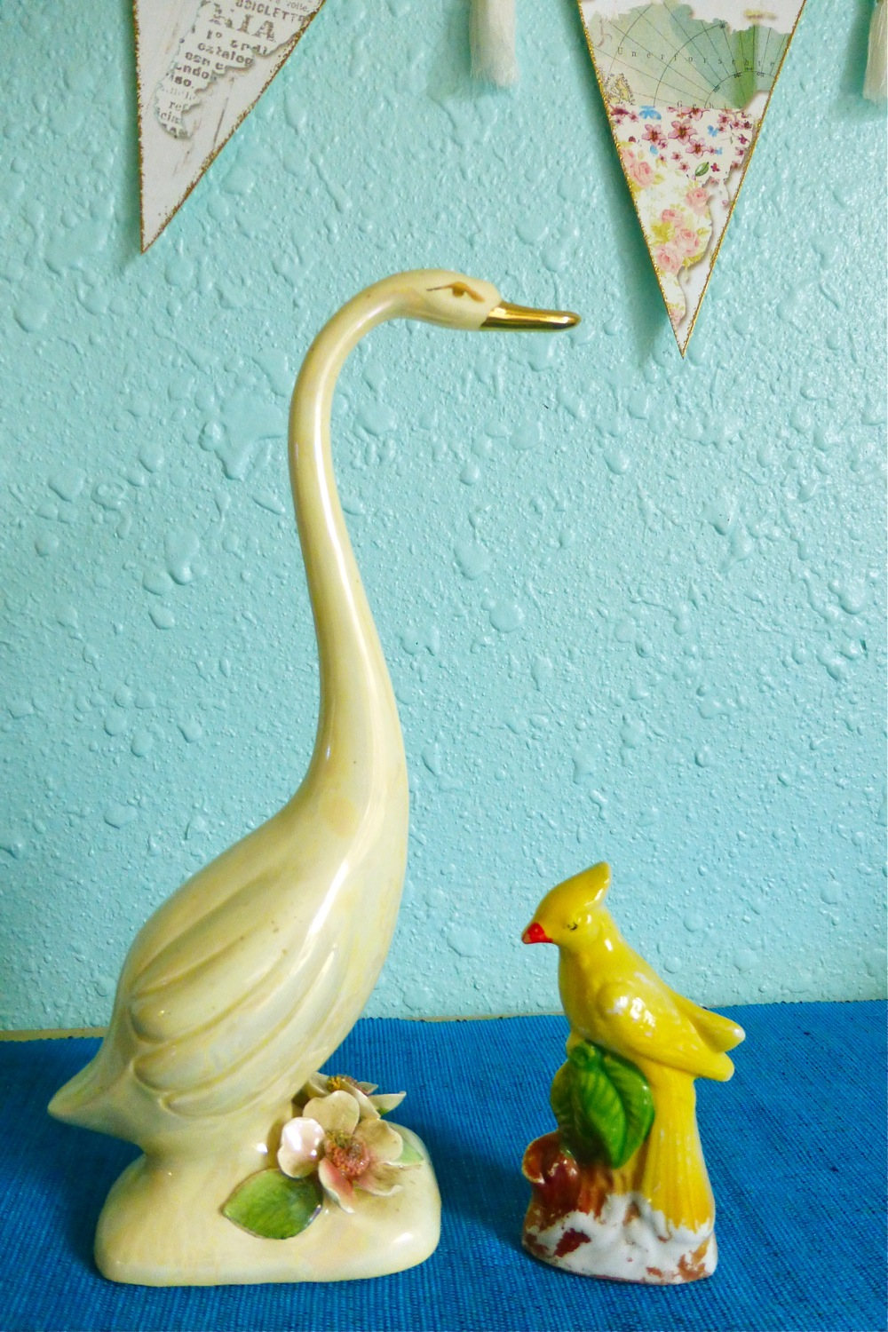 Norcrest crafted in Japan, Norcrest, REGUS. PAT. OFFICE, PR-12H, antique white tall slender bird, bird ceramic, tall white bird ceramic, bird ceramic made in Japan, made in Japan bird ceramic, Norcrest bird ceramic, Norcrest bird