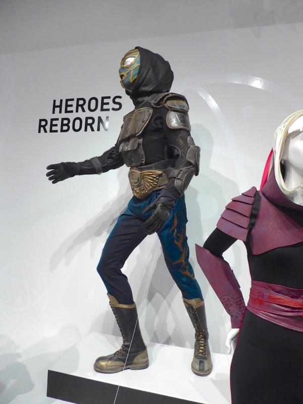 Heroes Reborn El Vengador TV costume