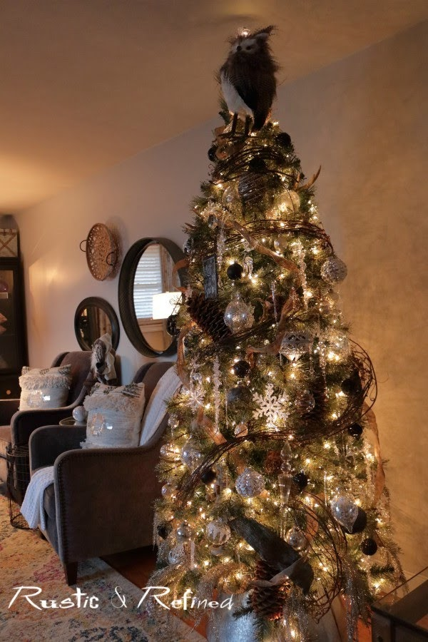 Professionally decorated christmas tree inspiration for the holidays