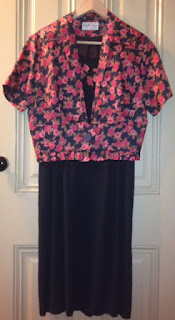 Presentation Outfit ~ Why I wore Red & Black, 1950s Flowered Sheath