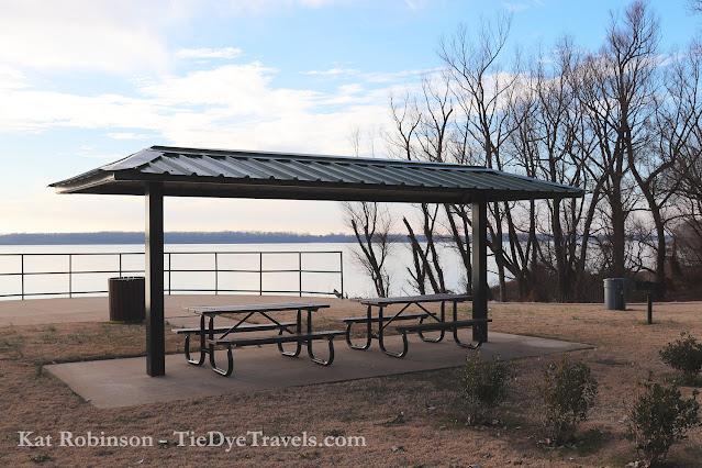The pavilion at Hernando DeSoto River Park along the Mississippi River near Horn Lake, MS.