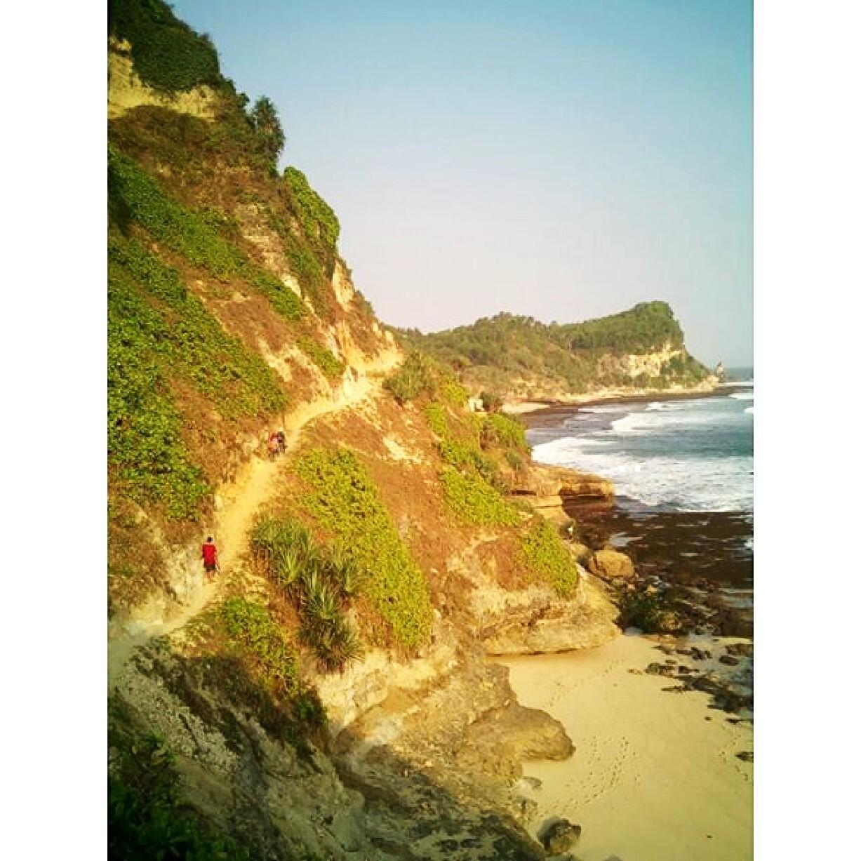 pantai Banyu Nibo gunungkidul