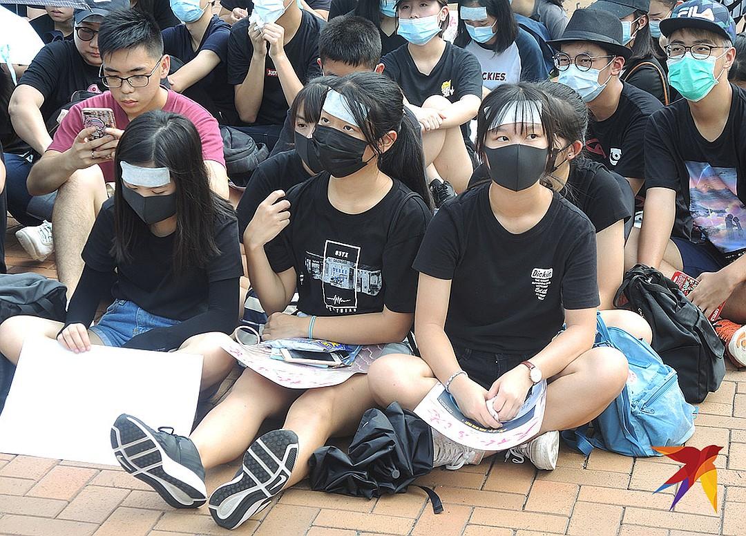 Honkongas: sugadintų vaikų revoliucija