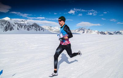 Man Runs Fastest Mile in Antarctica