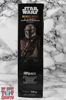 S.H. Figuarts The Mandalorian Box 04