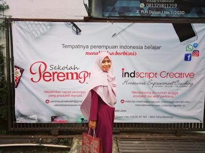 memberdayakan perempuan melalui indscript creative