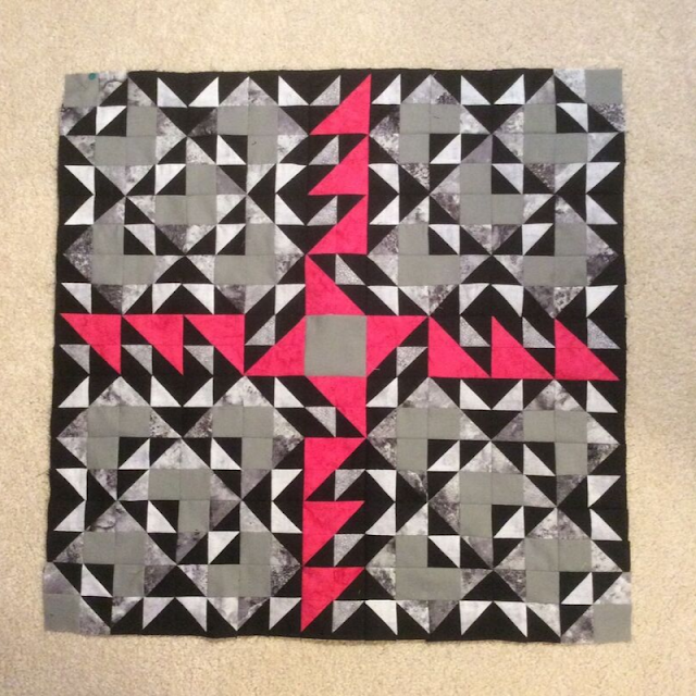 Monocrhomatic with a pop of red | Double Windmill Quilt pattern